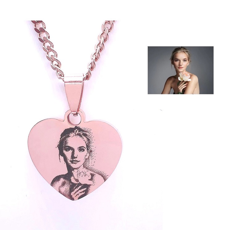 stainless-steel-photo-engraving-necklaces